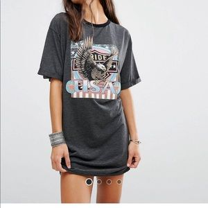 Missguided eagle t shirt dress